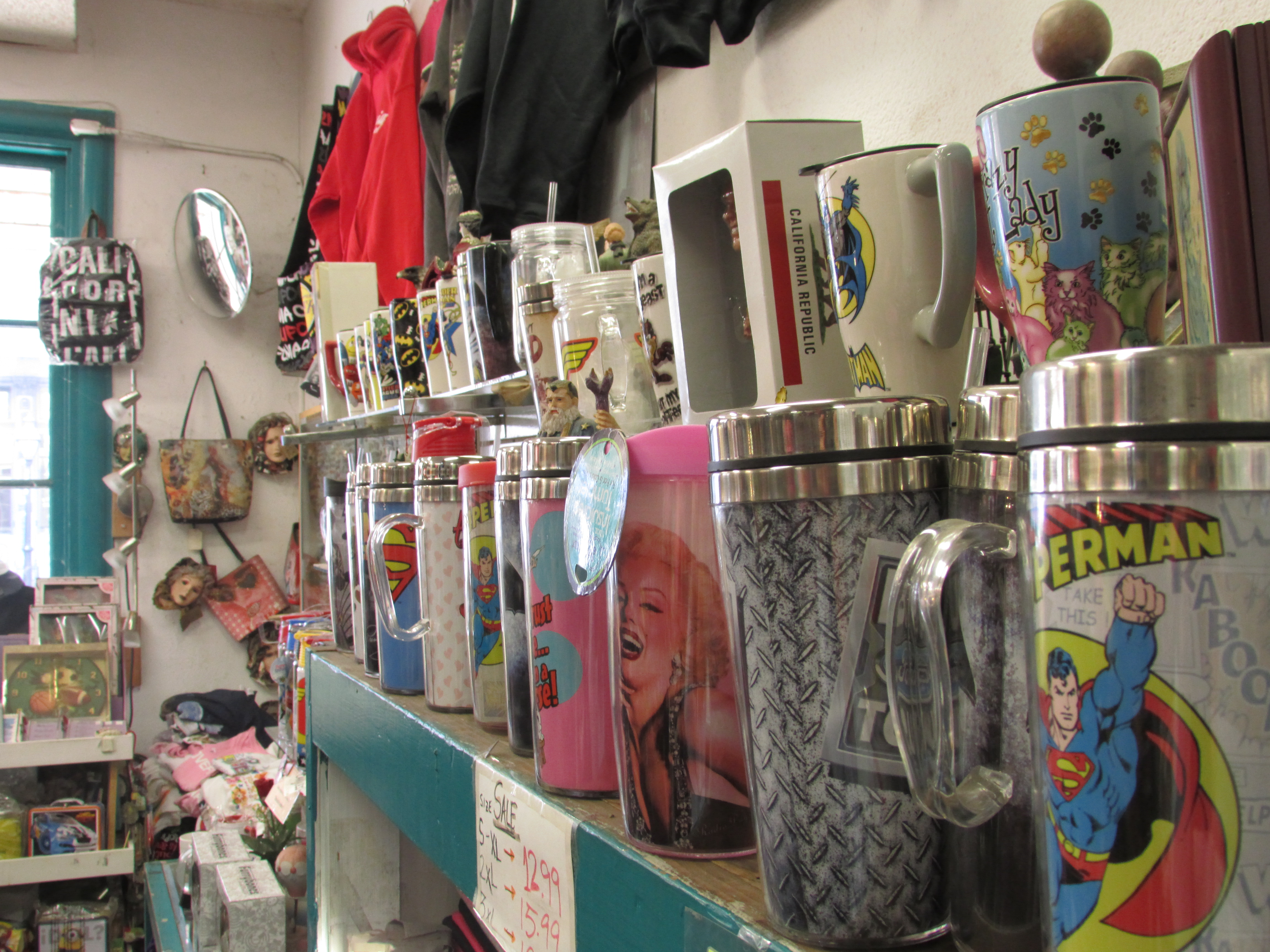 Price Drop on Popular Tourist Gift Shop