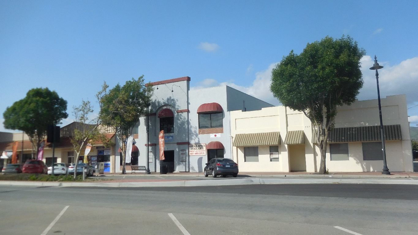 Office Space With Water Available in  Soledad