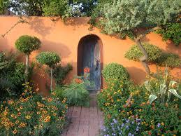 Busy Garden Maintenance & Installation Service