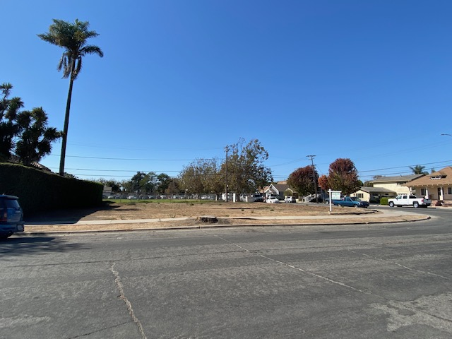 11,326 SF Vacant Corner Lot, Salinas